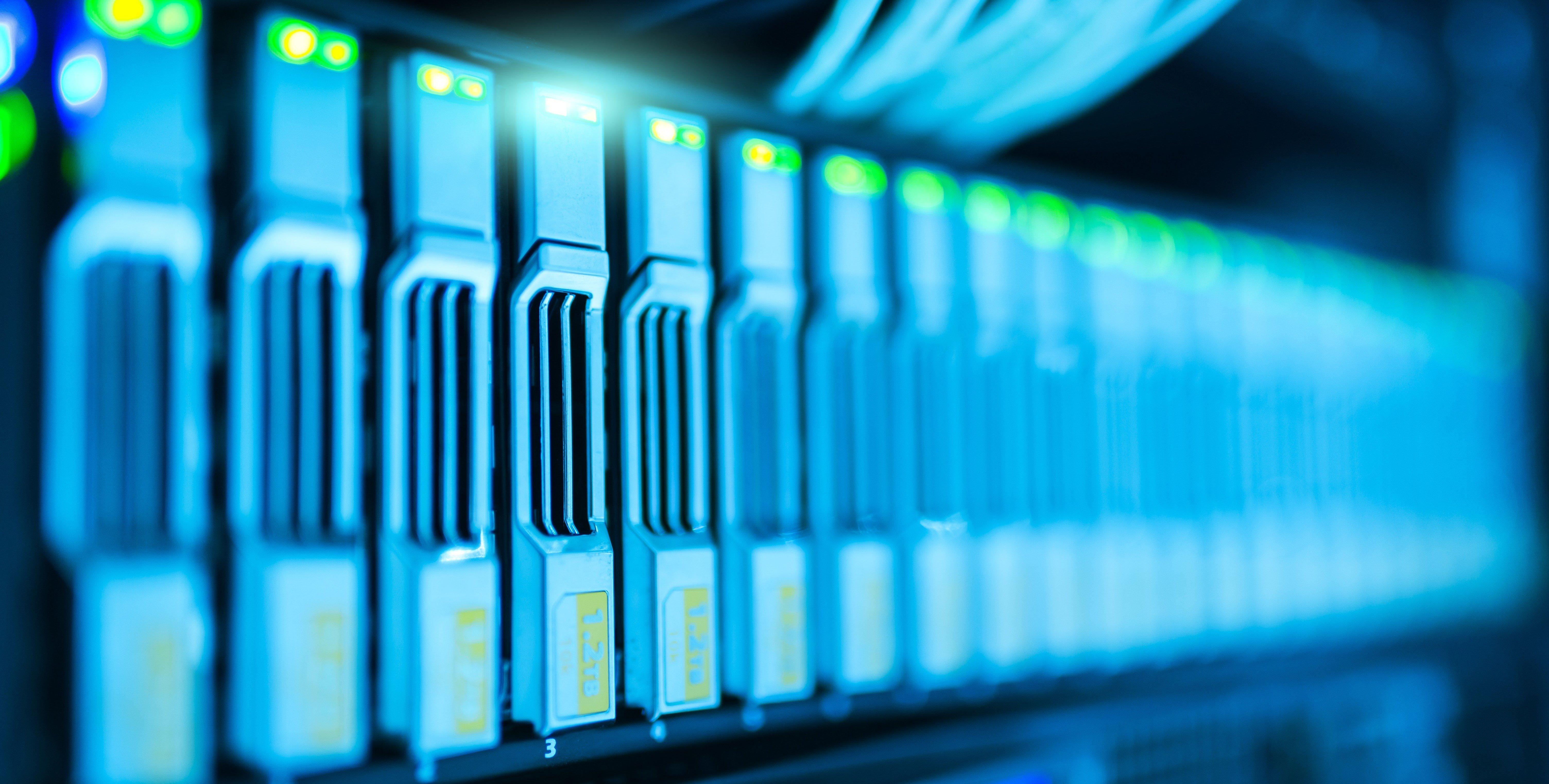 bandwidth-close-up-computer-1148820